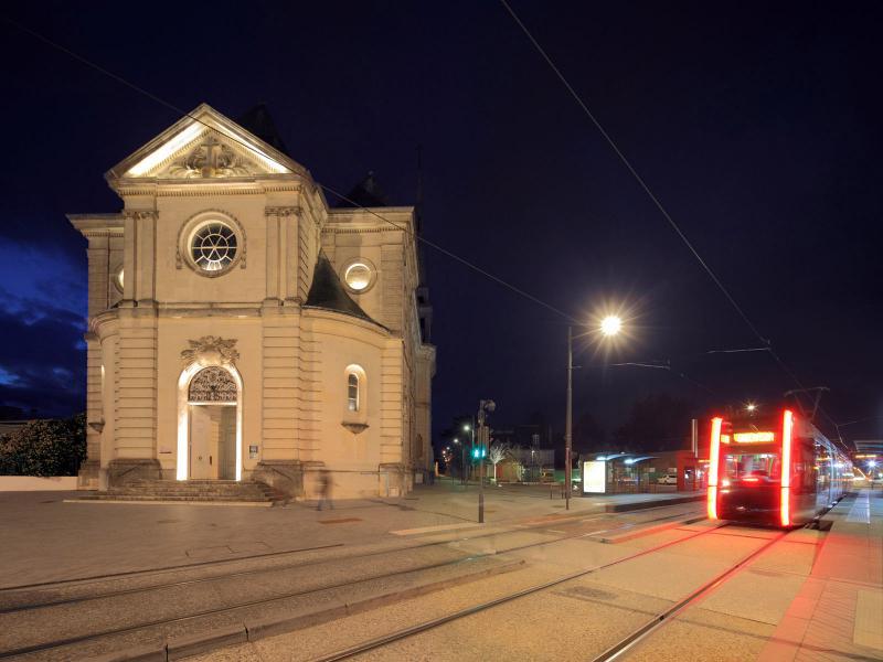 1ère ligne de Tramway de l'Agglomération Tourangelle  -  La nuit - Tours (37)