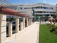 Aménagement des espaces extérieurs de l'hôpital Bretonneau - Tours (37)