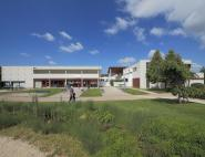 Centre de loisirs et d'hébergement, halte-garderie - Avoine (37)